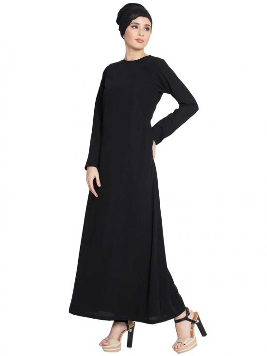 Nida Matte Simple A Line Abaya with Side Pockets in Black