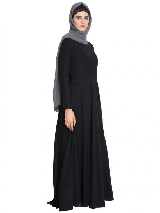 Polytwill Wafa A Stylish and Simple Abaya in Black