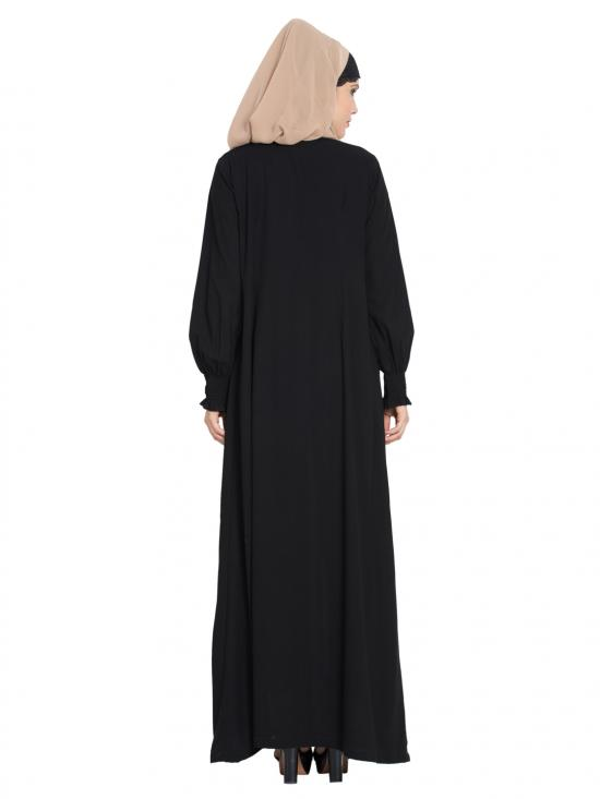 Abaya in Nida Matte with a Perfect Balance in Black