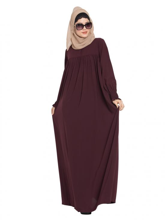 Abaya In Nida Matte With A Perfect Balance In Wine