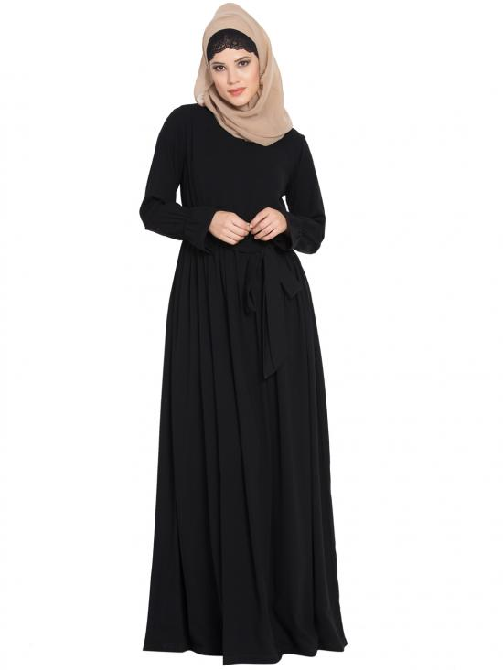 Nida Matte Simple Yet Very Elegant Dress Abaya with Matching Belt in Black