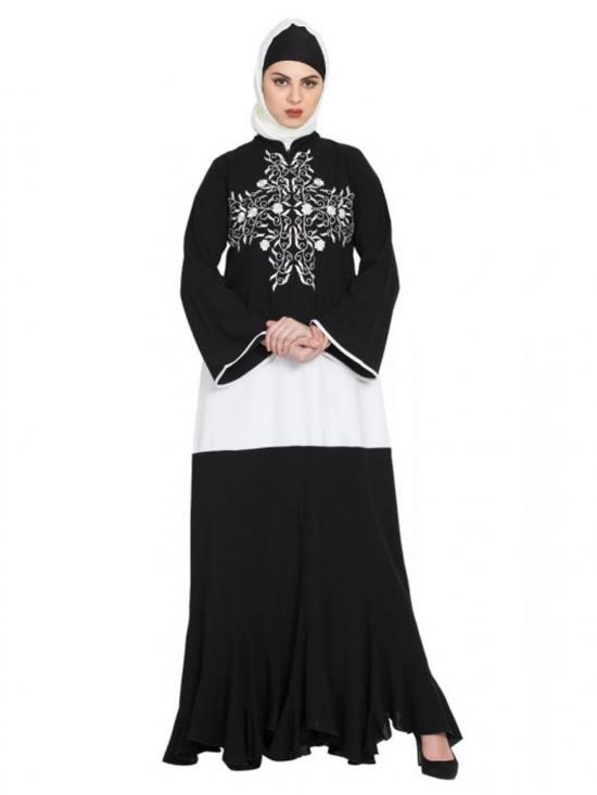 Nida Matte Frilled Bottom With Embroidered Abaya In Black And White