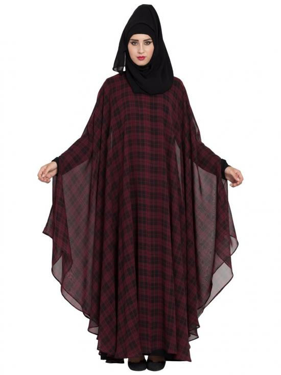Nida Mate Georgette Two Pieces Set Of Kaftan With Inner Abaya In Maroon And Black