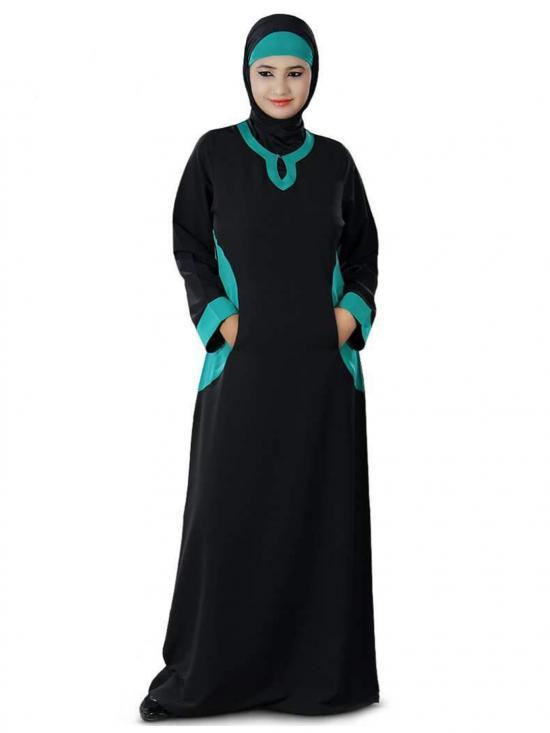 Nida Matte Daria Abaya In Black And Bottle Green