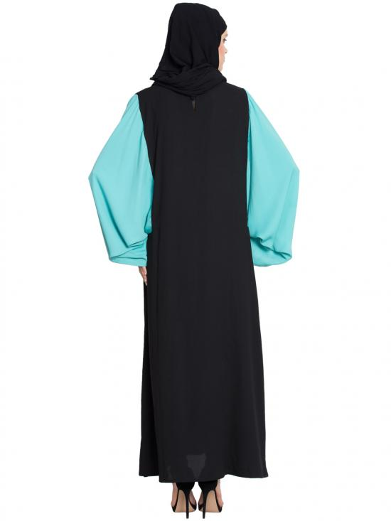 100% Polyester Crepe Contrast Sleeve Casual Abaya in Black and Aqua