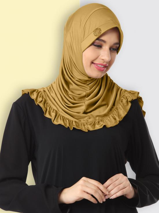 Zareen Hijab In gold