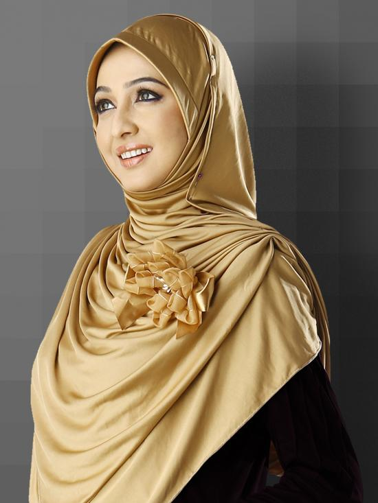 Anarkali Xtra Soft Knitted Icra Instant Hijab in Gold