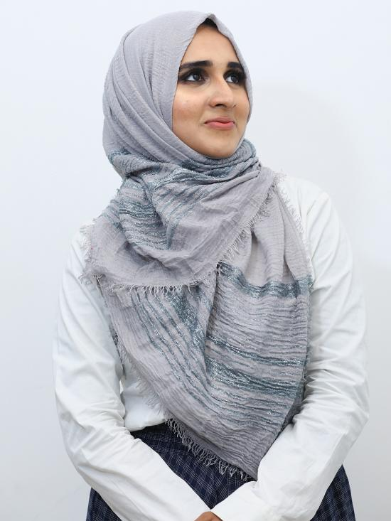Crinkled Cotton Stole With Glittering Thread Work In Light Grey