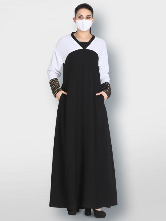 Nida Matte Abaya With Sequined Fabric Attached To Cuffs Sleeve In Black And White