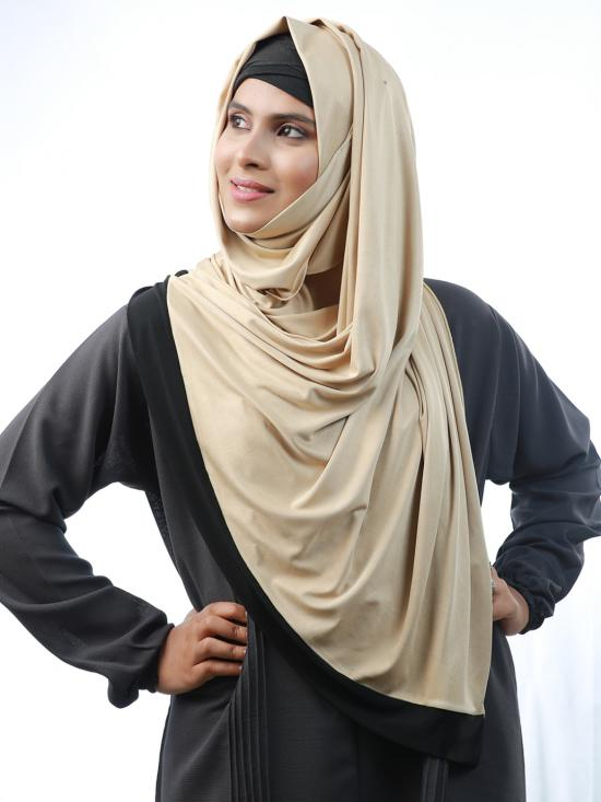 100% Polyester Lycra Stole With Black Band In Beige