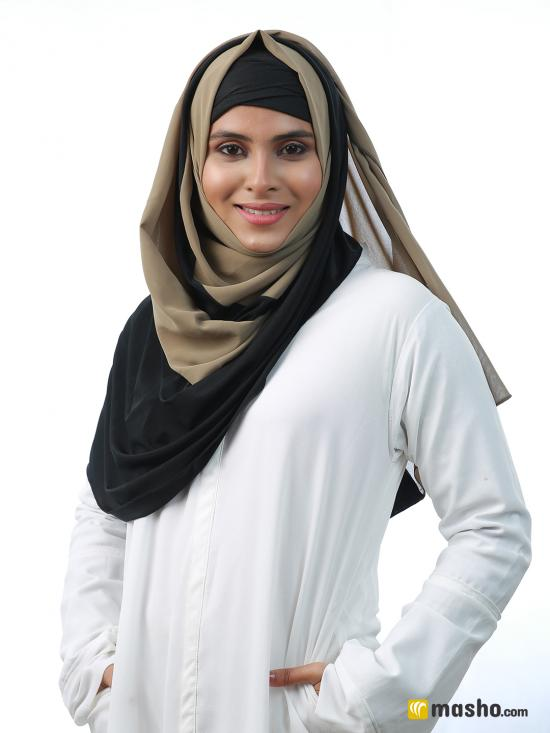 100% Polyster And Lycra Double Shade Stole In Khaki And Black