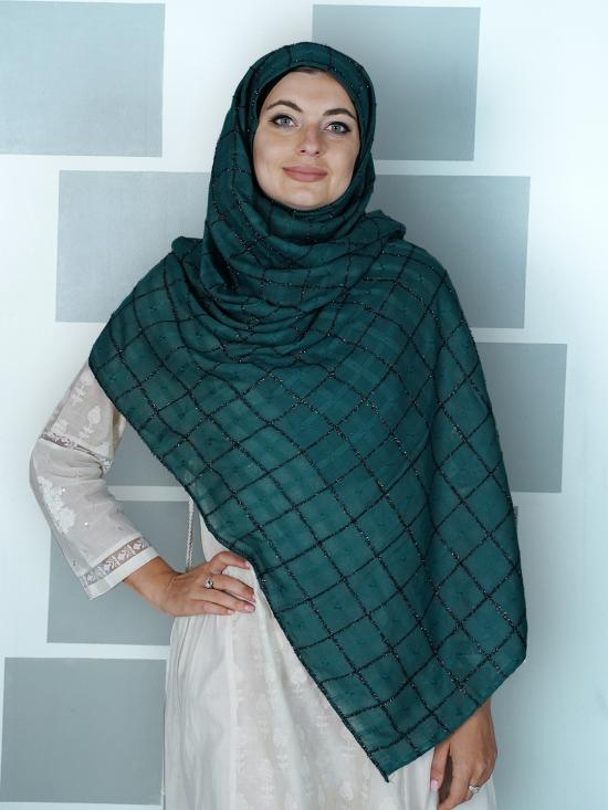 Premium Cotton Stole With Glittering Thread Work And Box Pattern In Green