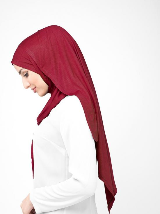 100 % Viscose Jersey Scarf In Rumba Red