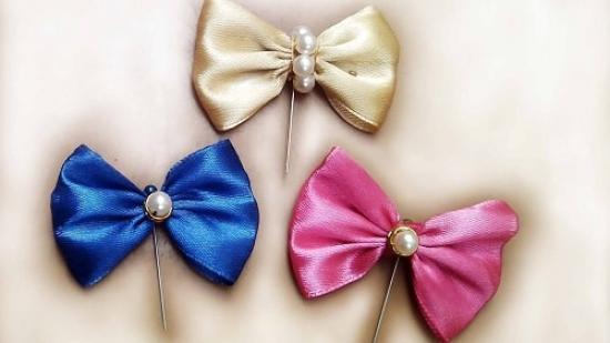 DIY-hijab-bow-pins