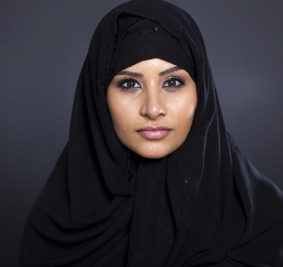 Simple-and-traditional-hijab