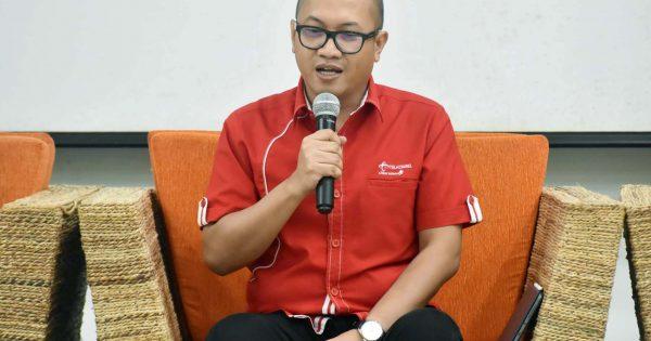 Direktur Utama Telkomsel Setyanto Hantoro:Kominfo