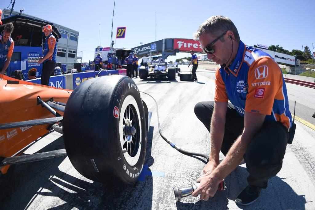 Ganassi pit IndyCar Laguna Seca