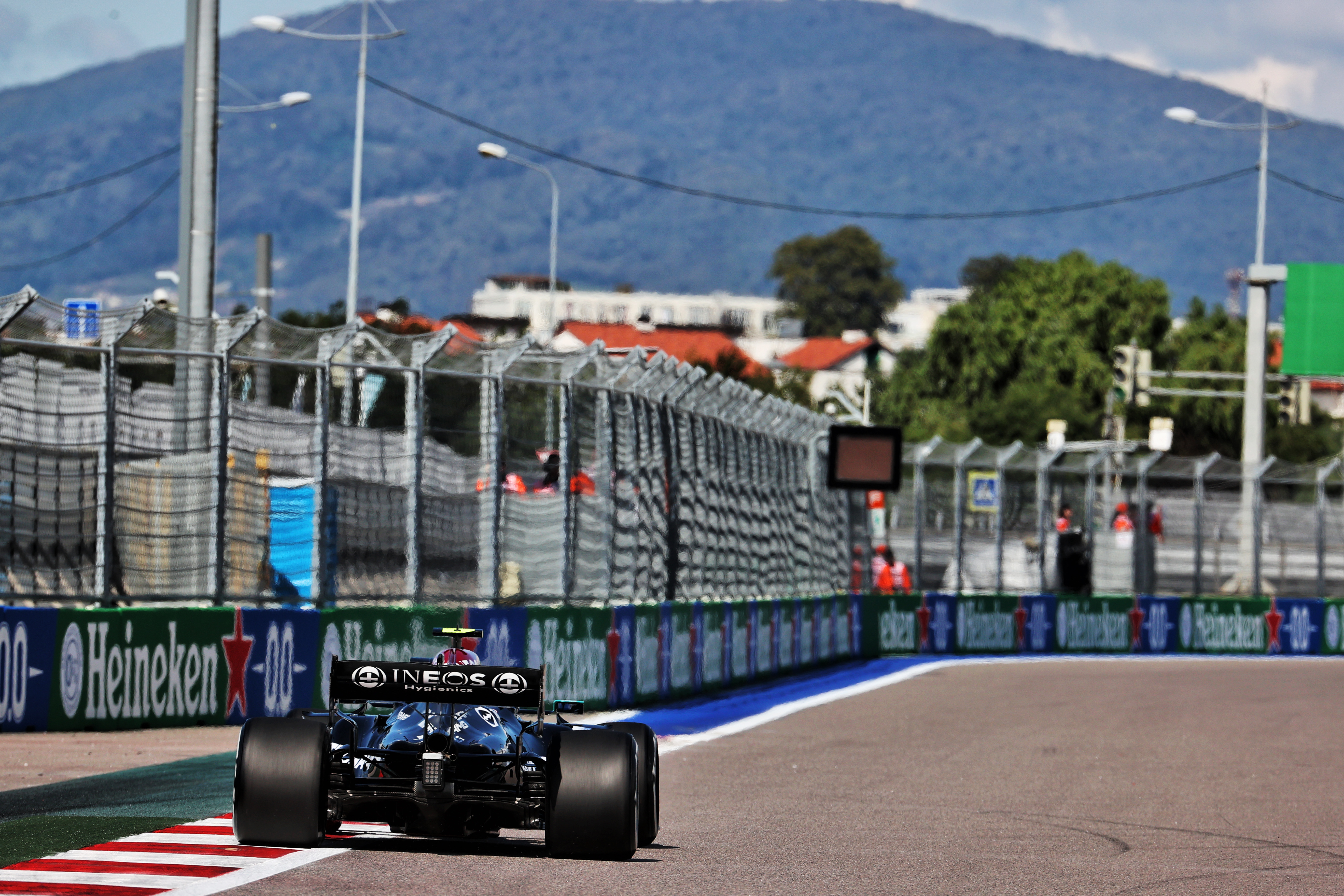 What happened in first Russian Grand Prix F1 practice – The Race