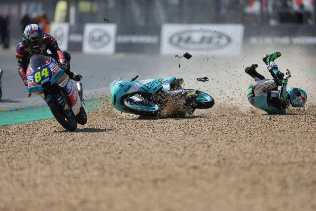 Enea Bastianini Moto3 crash