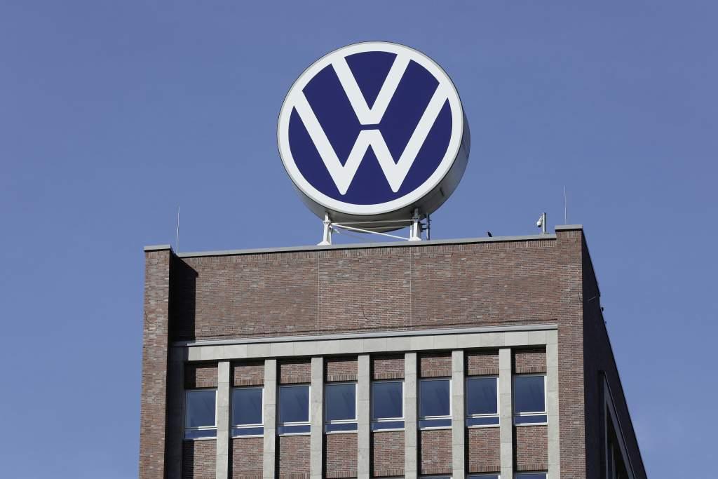 Markenhochaus (brand Tower) New Volkswagen Logo