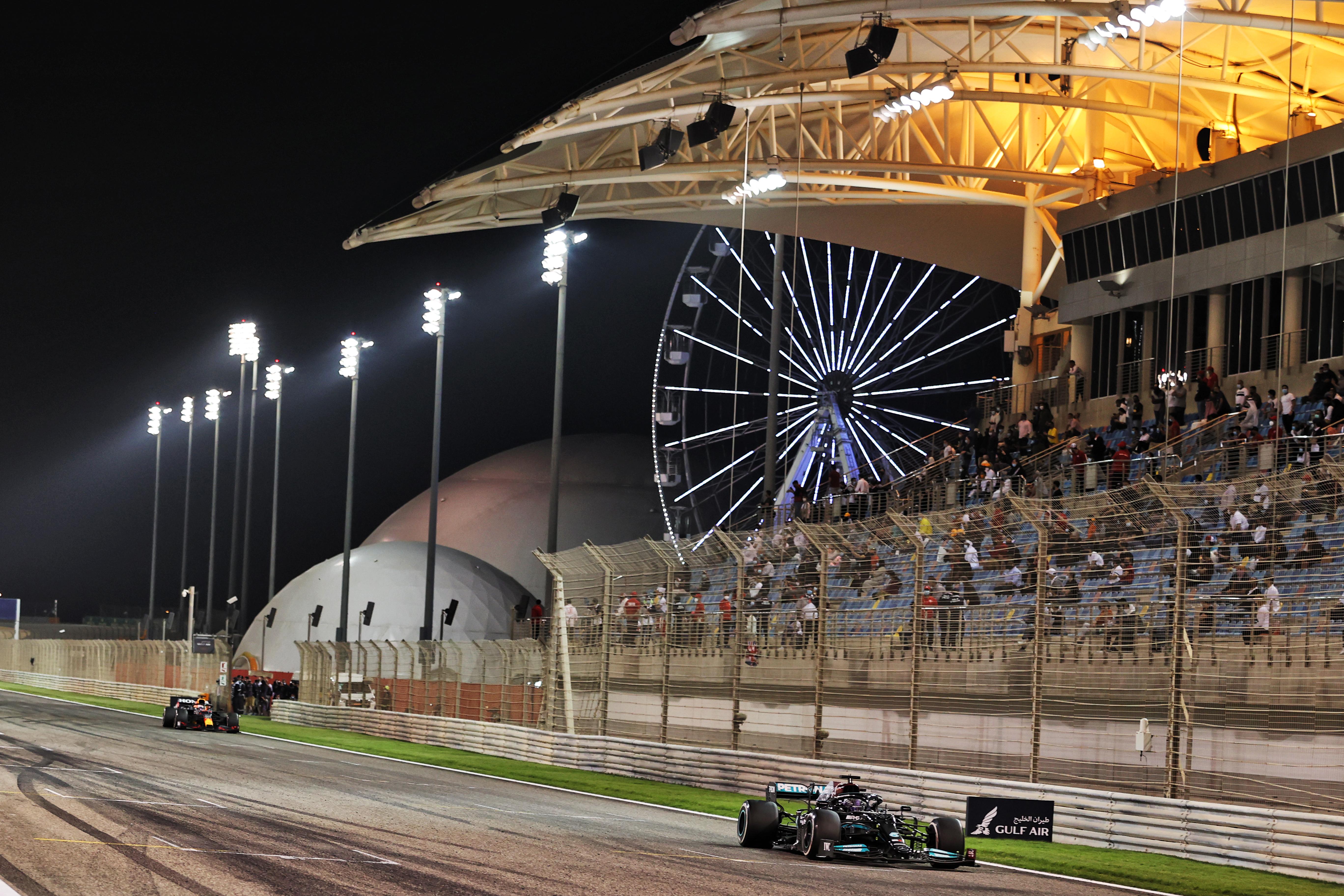 Max Verstappen Lewis Hamilton Bahrain Red Bull Mercedes 2021