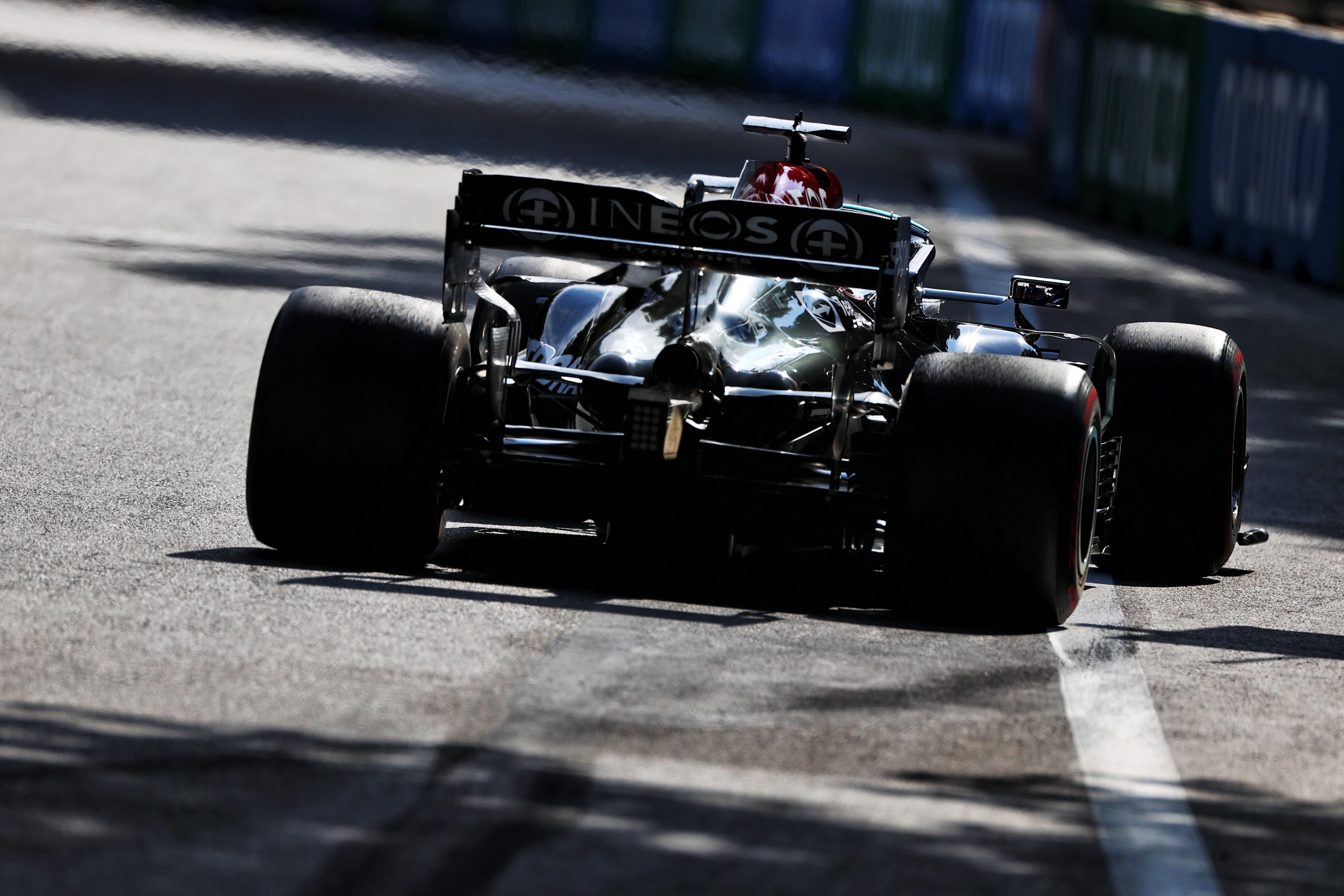 Lewis Hamilton Mercedes Baku 2021
