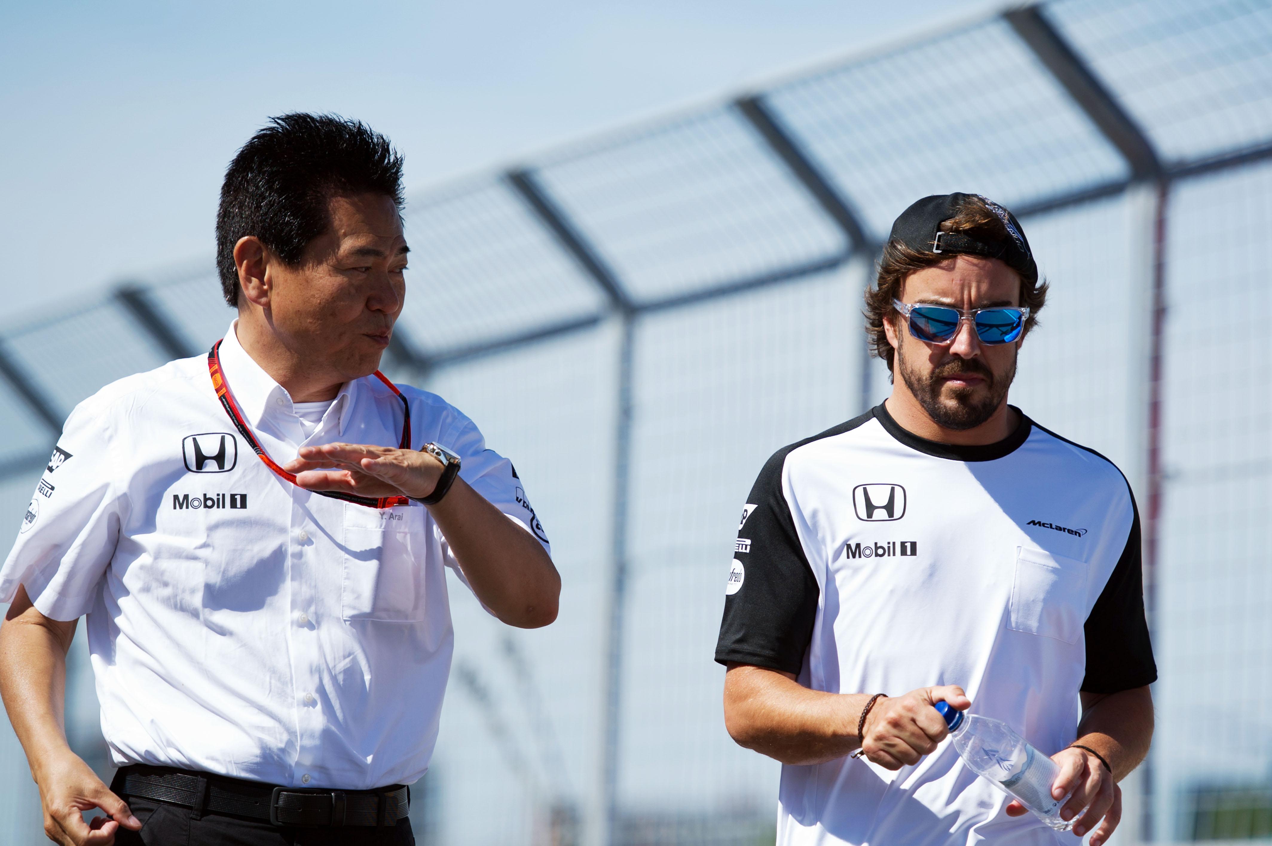 Yasuhisa Arai Fernando Alonso 2015