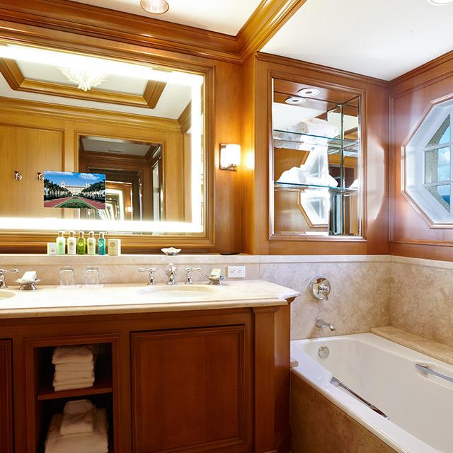 Imperial Suite bathroom