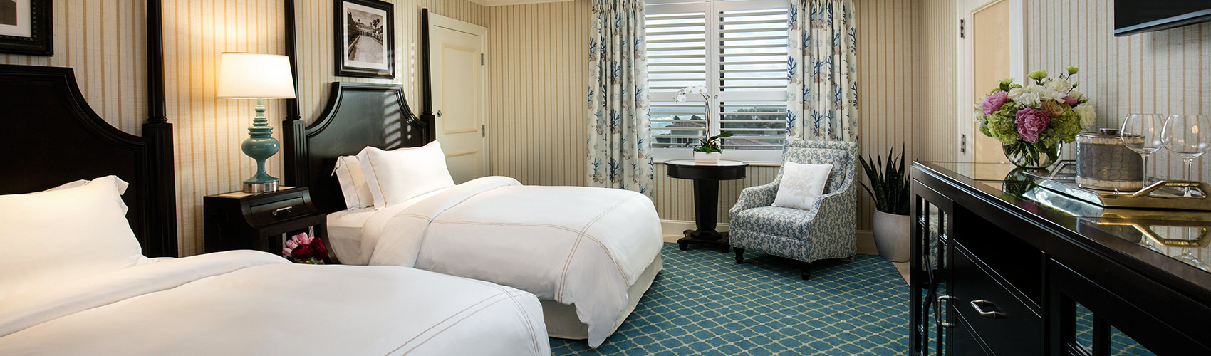 Accessible Guest Room with Resort View double beds