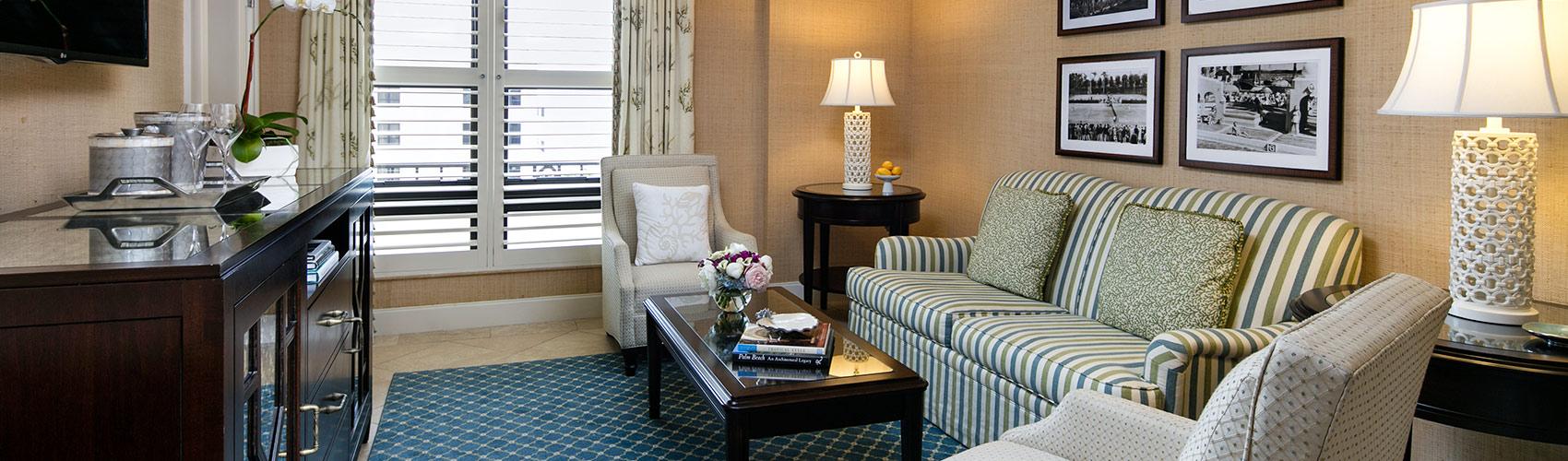 Deluxe Suite sitting room