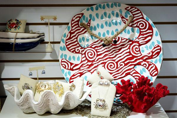 community center gift shop decorative plate