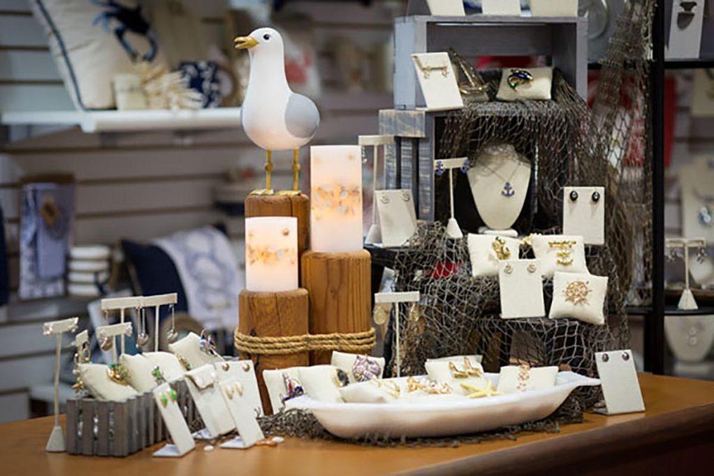 Seagulls jewelry display