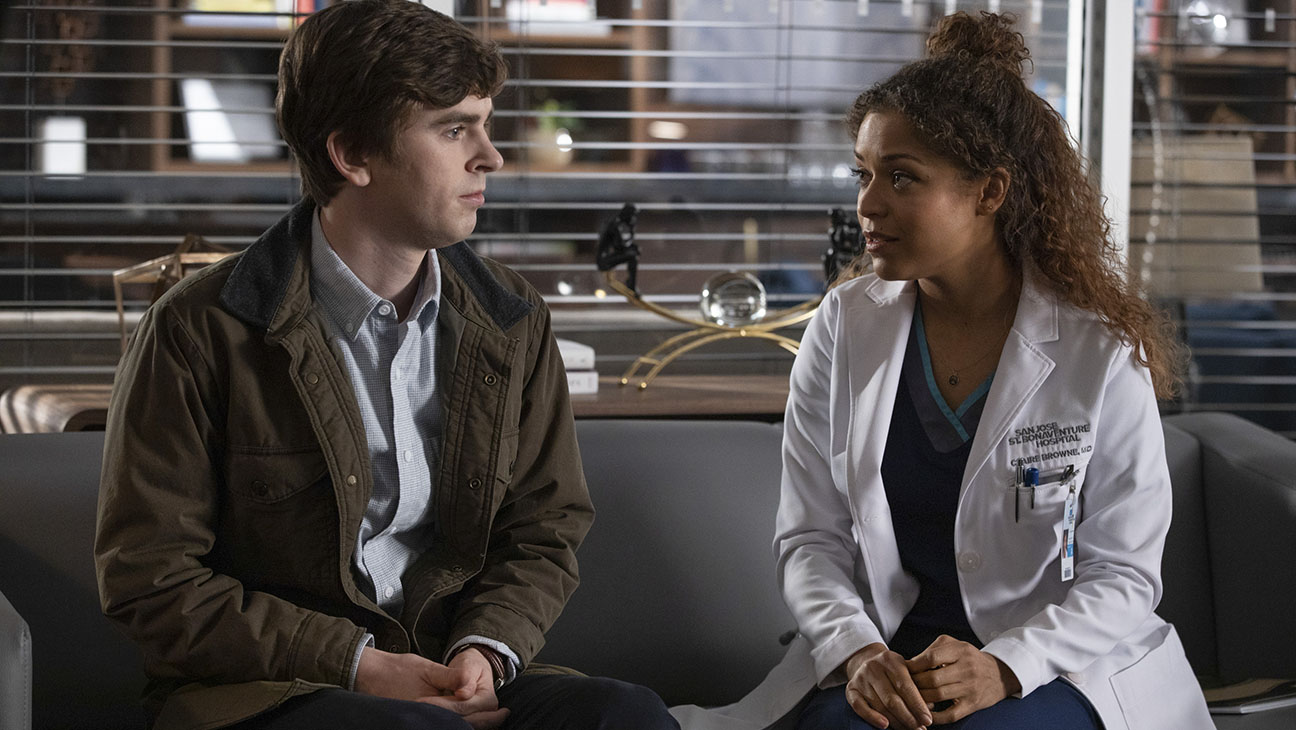 """THE GOOD DOCTOR - """"Trampoline"""" - As a barroom fight sends Dr. Shaun Murphy to seek treatment at St. Bonaventure's, Dr. Alex Park and Dr. Audrey Lim disagree over an elderly woman's post-operative symptoms. Meanwhile, Dr. Neil Melendez and Dr. Lim make their romance public, and Dr. Aaron Glassman continues to pursue a relationship with a good friend, on the season finale of """"The Good Doctor,"""" MONDAY, MARCH 11 (10:00-11:00 p.m. EDT), on The ABC Television Network. (ABC/Jack Rowand) FREDDIE HIGHMORE, ANTONIA THOMAS"""