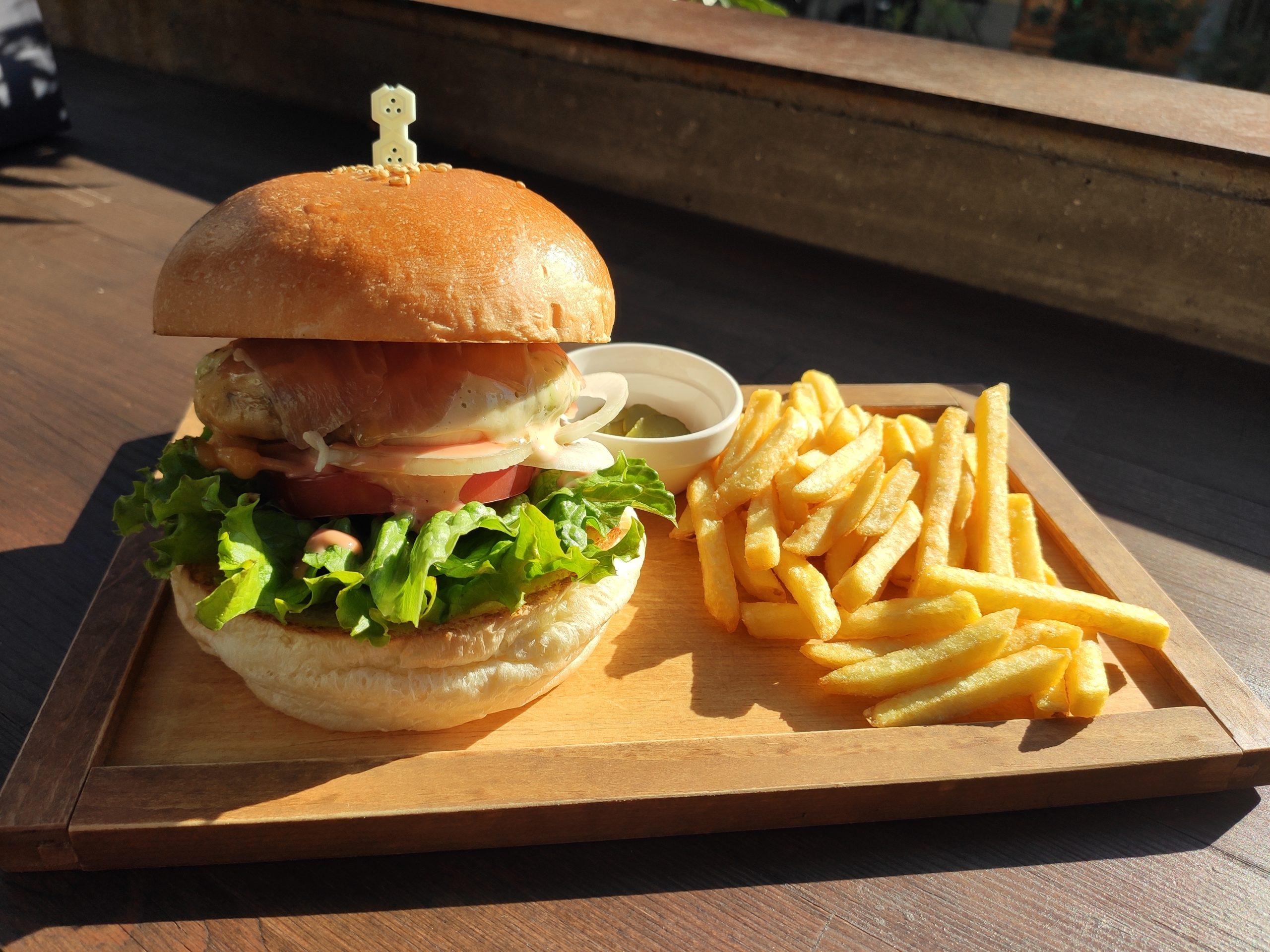 [Review] Back Country Burgers @ Kofu, Japan