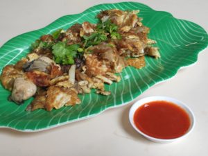Dong Ling Fu Tanglin Halt Traditional Snacks: Fried Oyster Omelette with Chilli