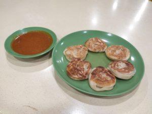 Seribu Jaya Indian Food: Coin Prata with Curry