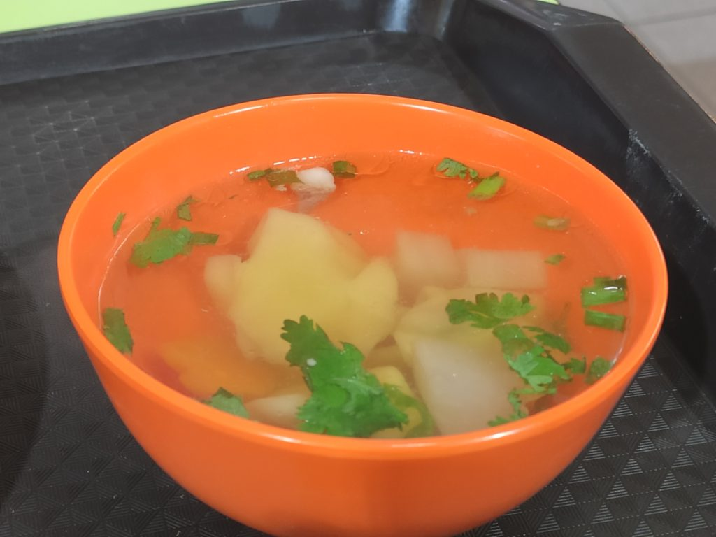 Shun Xing Wanton Noodles: Wanton Soup