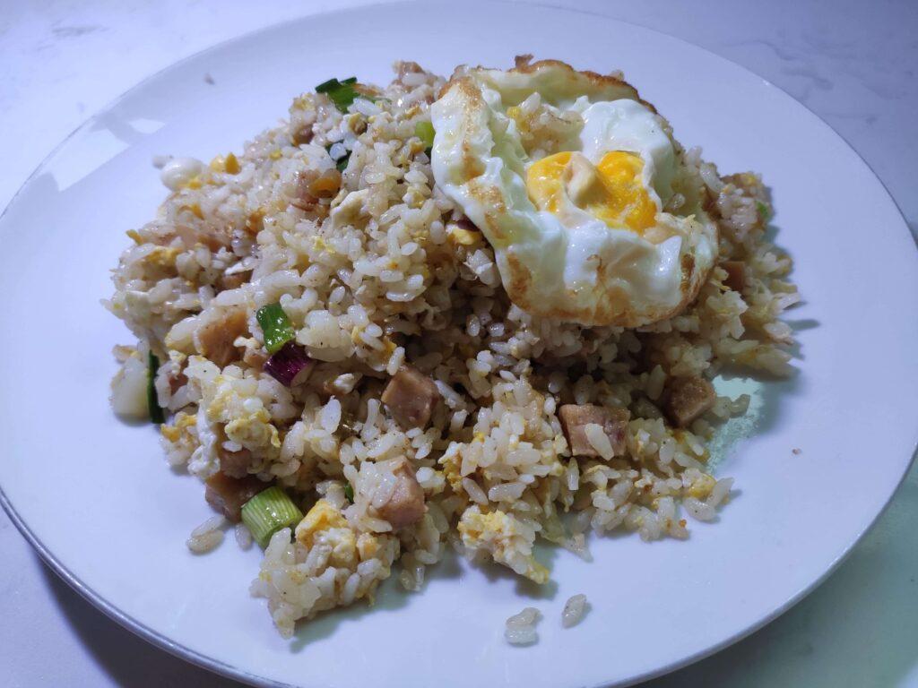 Fei Zai Hotpot & BBQ: Luncheom Meat Fried Rice