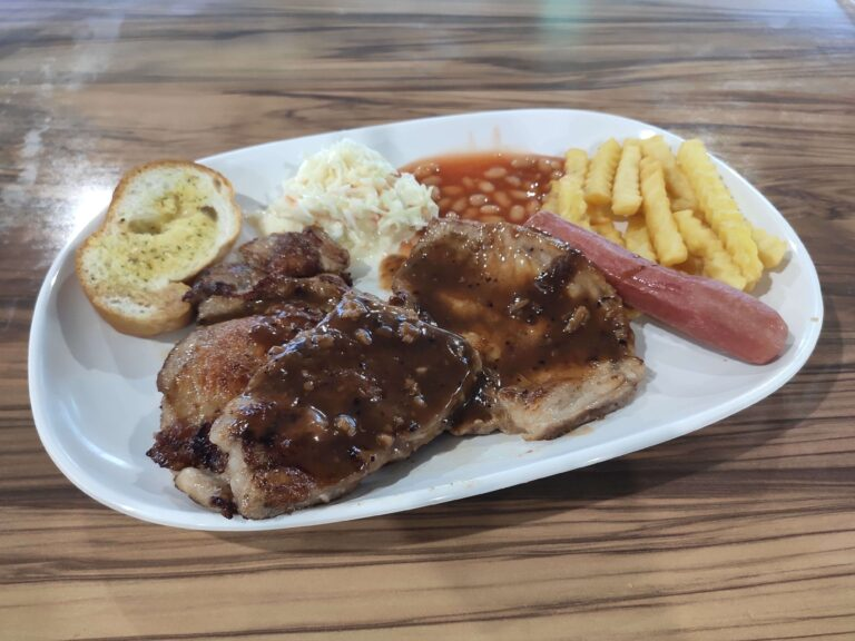 Oikos Western Delight: Mixed Grill