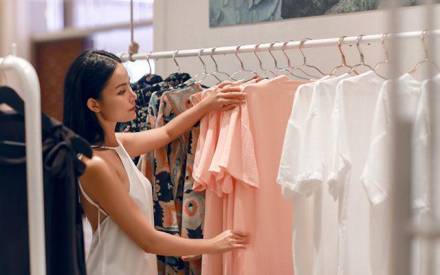 Retails (2)