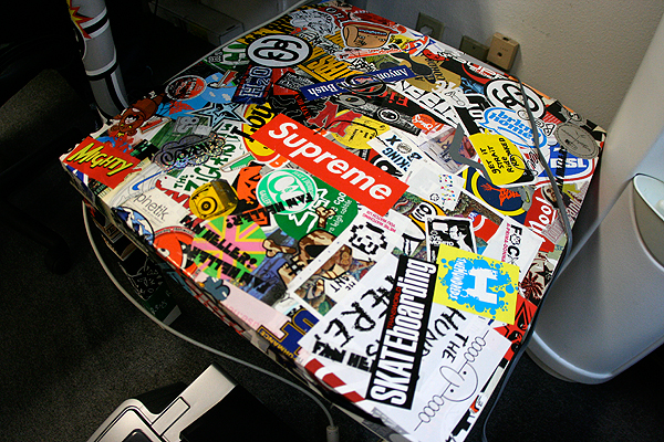 thehundreds_stickerbombed_6.jpg