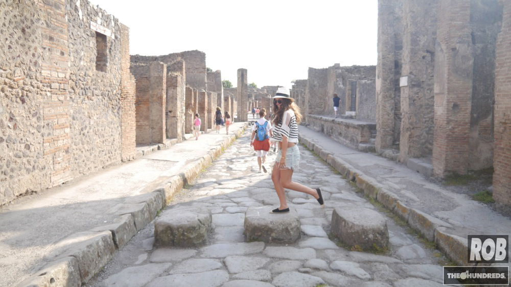 pompeii stepping stones