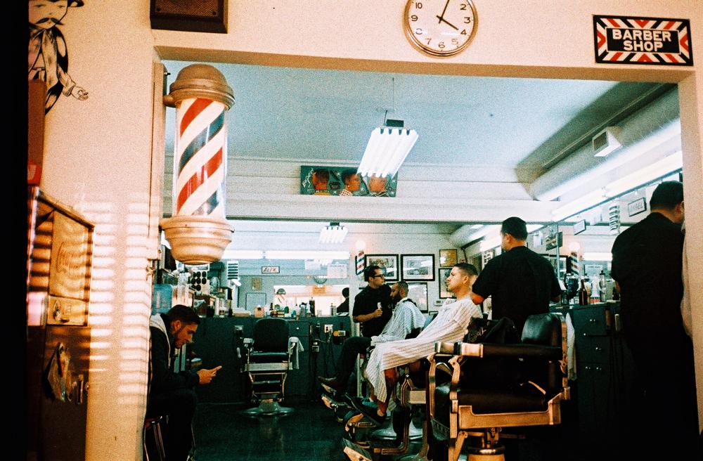 vinny 39 s barber shop the hundreds. Black Bedroom Furniture Sets. Home Design Ideas