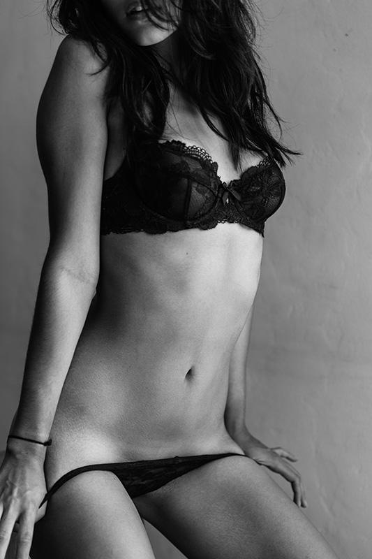 sir neave, neave, neave bozorgi, model photography, black and white model photography,