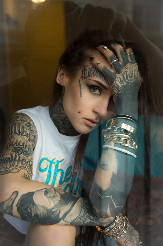 Meeting Monami Frost The Hundreds