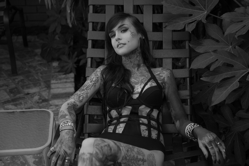 Monami Frost, Meeting Monami Frost, tattooed babes, face tattoos babes,