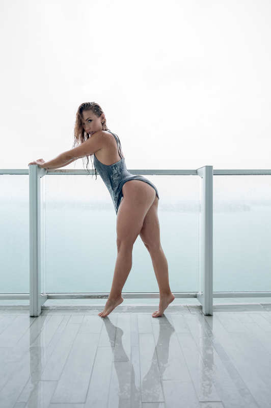 nicole_mejia, nicole mejia, model nicole mejia, van styles, v/sual, girl in the rain