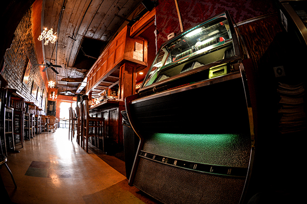 Modern bar jukebox
