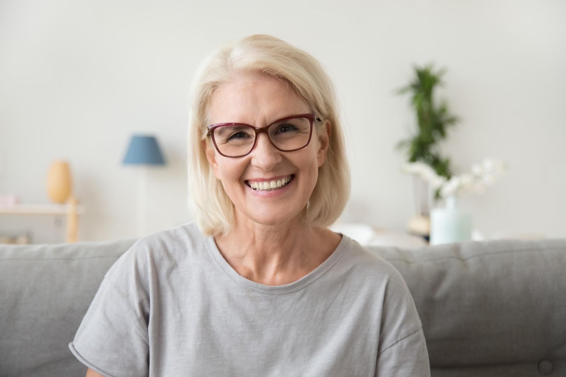 Why Single Seniors Say Yes to Senior Living | The Ridge