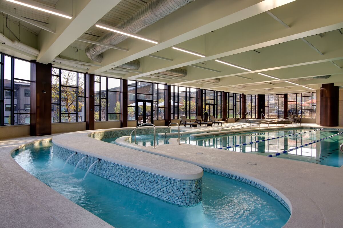 Saline lap pool